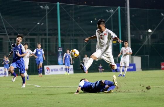 U16 Việt Nam có chiến thắng đậm 7-0 để thẳng tiến ở ngôi đầu bảng. Ảnh: ANH TRẦN