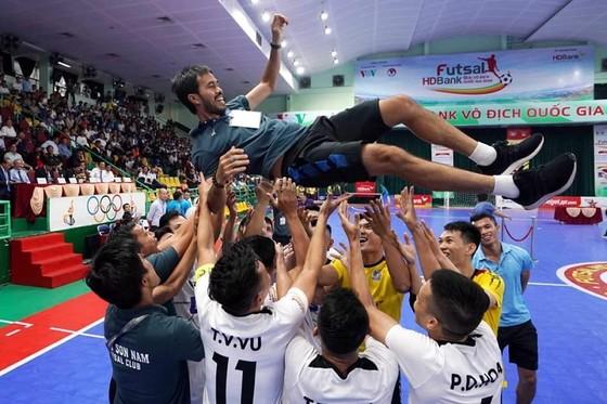 Futsal Việt Nam tiếp tục theo đuổi chuyên nghiệp  ảnh 1
