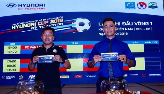 Khởi tranh giải bóng đá phong trào Ngoại hạng Sài Gòn 2019 ảnh 2