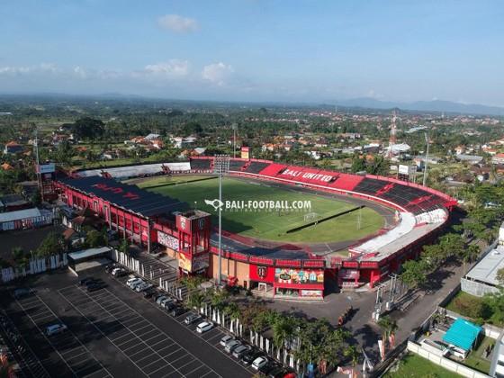 Sân Kapten I Wayan Dipta