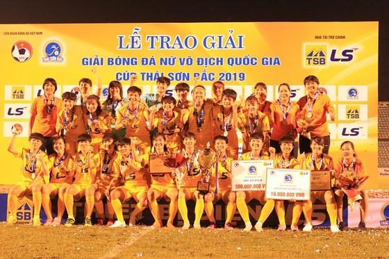 Kết thúc giải bóng đá nữ VĐQG - Cúp Thái Sơn Bắc 2019: Đội chủ nhà bị loại khỏi tốp 3 ảnh 2