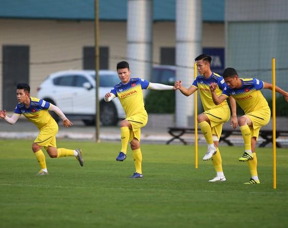 Quang Hải cùng các cầu thủ thuộc CLB Hà Nội đã có mặt cùng đội tuyển. Ảnh: Minh Hoàng