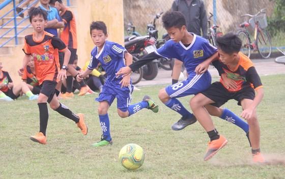 CLB Bóng đá cộng đồng Immanuel Huế đón sinh nhật lần đầu tiên  ảnh 2