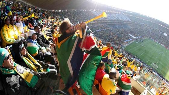 Không nên mang kèn vuvuzela vào sân là cách giúp tuyển Việt Nam  ảnh 2