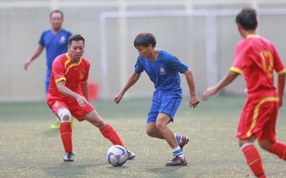 Cựu cầu thủ Cảng Sài Gòn tranh chung kết cùng cựu Sinh viên TPHCM ảnh 5