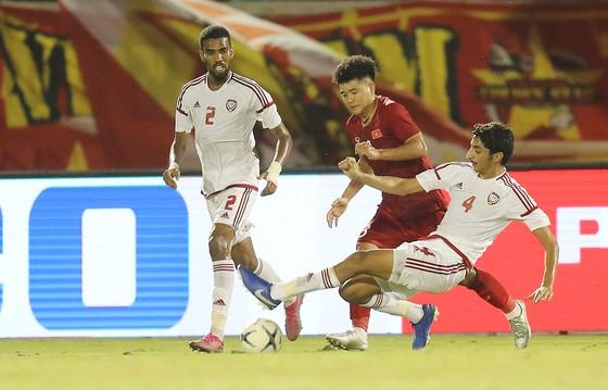 Hà Đức Chinh (phải) và U22 Việt Nam sẽ đụng độ với Thái Lan hay Philippines từ vòng bảng? Ảnh: DŨNG PHƯƠNG