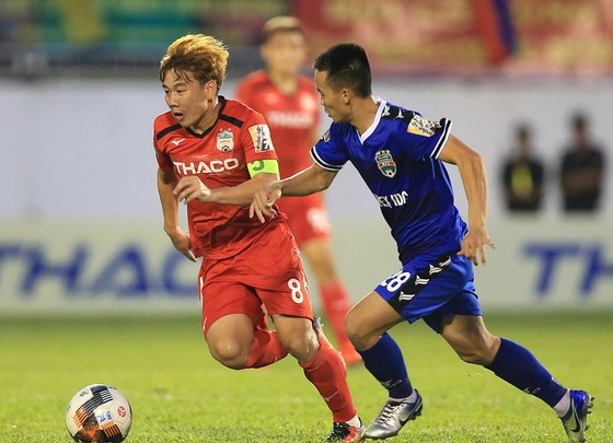 Cầu thủ trẻ và tuổi thanh xuân ảnh 1