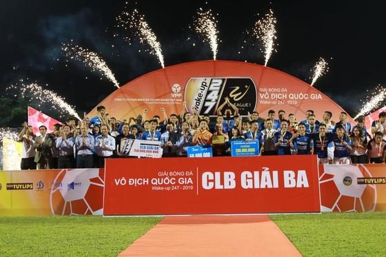 Đánh bại ĐKVĐ Hà Nội 4-2, Than Quảng Ninh xứng đáng giành HCĐ ảnh 3