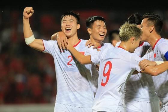 HLV Park Hang-seo công bố danh sách trước trận gặp UAE và Thái Lan ảnh 1