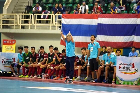HLV Miguel: Futsal Việt Nam thua Thái Lan vì giải quốc gia không có ngoại binh ảnh 2