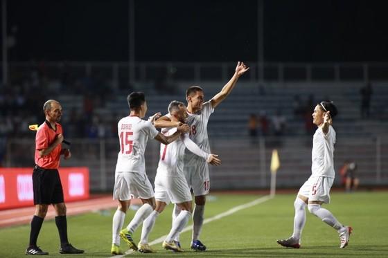 Thủ môn mắc sai lầm, Malaysia trắng tay trước Philippines  ảnh 1