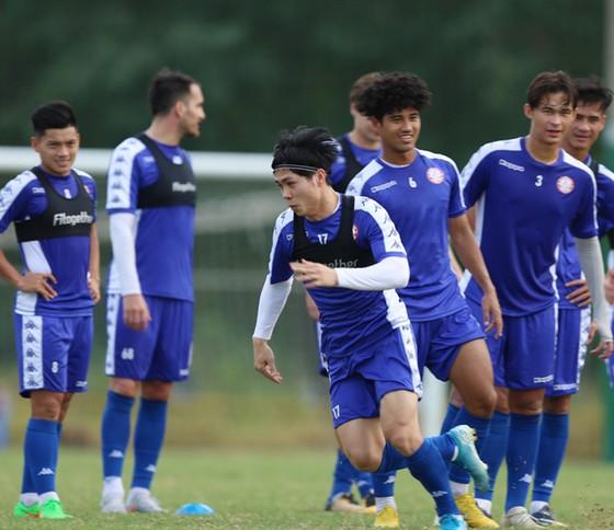 AFC Cup 2020: Công Phượng vẫn cùng CLB TPHCM đến Singapore ảnh 1