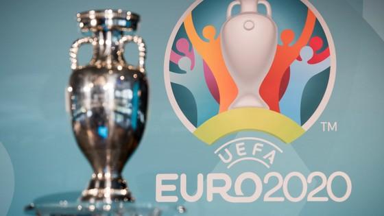VCK EURO 2020 có thể dời đến tháng 12 hoặc thậm chí là tới năm 2021.
