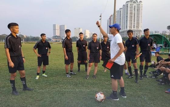 Cựu trọng tài FIFA Võ Minh Trí tự tin về tương lai ảnh 1