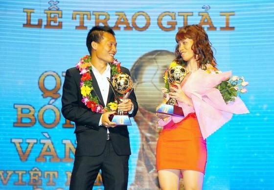 Phạm Thành Lương (trái) sở hữu đến 4 danh hiệu Quả bóng vàng nam.