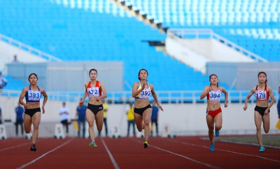 Giải điền kinh VĐQG 2020: Ngần Ngọc Nghĩa phá kỷ lục quốc gia cự ly 100m ảnh 2