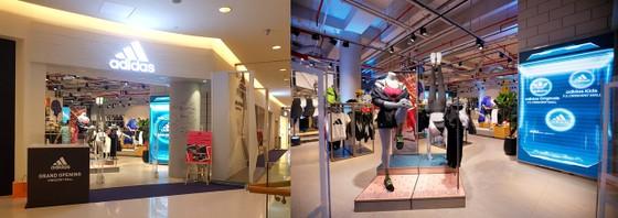 Bùi Tiến Dũng và Nguyễn Tiến Linh xuất hiện tại buổi khai trương Sport Performance của adidas ảnh 2