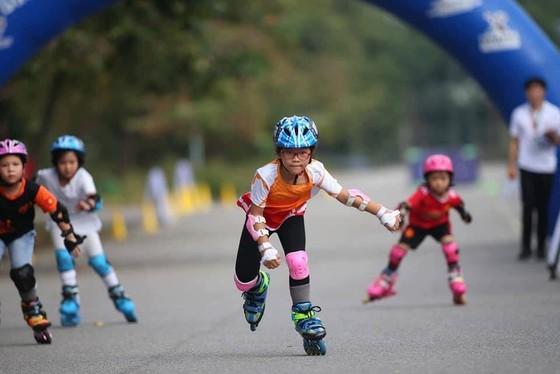 Giải đua roller sports Hà Nội mở rộng 2020: Ngày hội của các bạn trẻ mê tốc độ ảnh 1