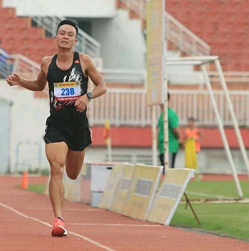 Lê Quang Hòa và mục tiêu lần thứ 2 có suất dự Boston marathon ảnh 1