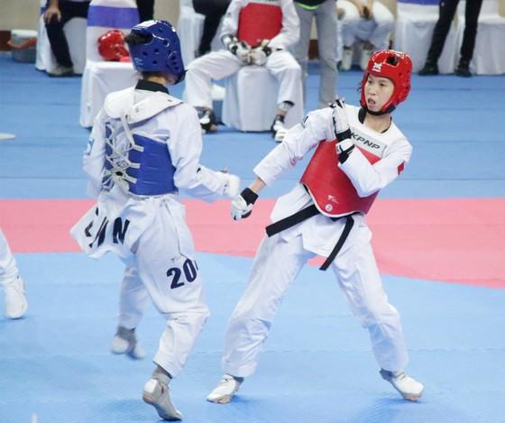 Võ sĩ Trương Thị Kim Tuyền tập huấn tại Kazakhstan để tranh vé Olympic ảnh 1