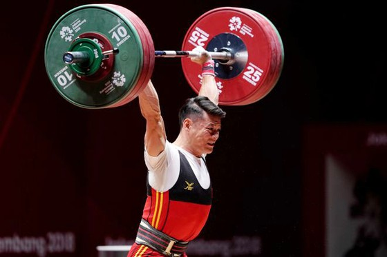 Cử tạ Việt Nam tranh vé Olympic ở Uzbekistan ảnh 1
