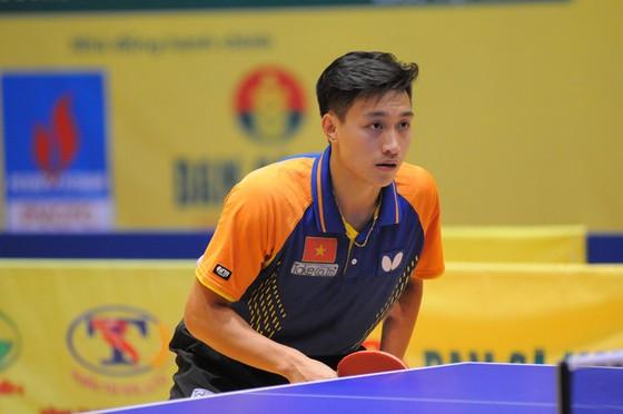 Tay vợt Nguyễn Anh Tú và các tuyển thủ tạm dừng thi đấu nội bộ tuyển chọn thành phần tham dự SEA Games 31.