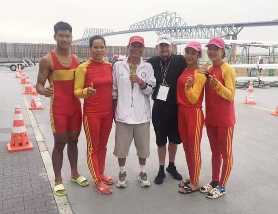 Các tuyển thủ của đội tuyển rowing vừa thi đấu ở vòng loại Olympic 2020. Ảnh: Liên đoàn đua thuyền Việt Nam
