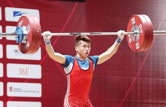 Án phạt có thể tước cơ hội dự Olympic của cử tạ Việt Nam ảnh 1