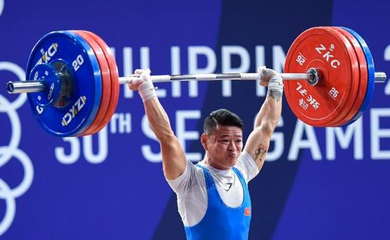 Liên đoàn cử tạ thế giới bắt đầu xét suất dự Olympic ảnh 1