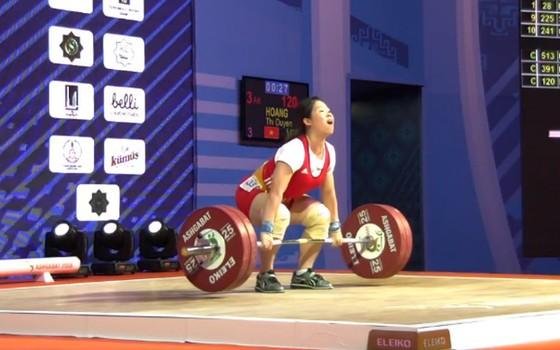 Không bị phạt vì doping, cử tạ Việt Nam nhận 3 vé chính thức dự Olympic ảnh 1