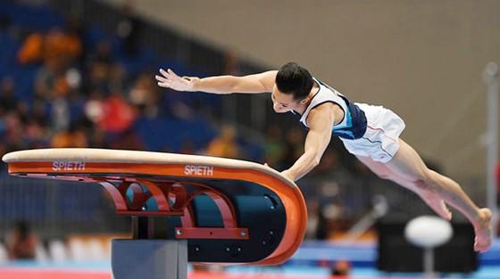 Lê Thanh Tùng lần đầu tiên tham dự Olympic.