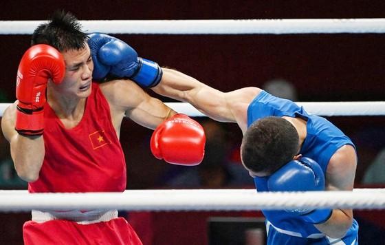 Nguyễn Văn Đương (trái). Ảnh: Getty