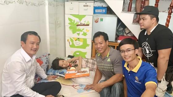 HCB Paralympic 2020 Lê Văn Công: Chàng lực sĩ giàu tình thương ảnh 1