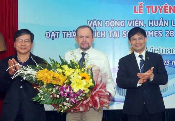 Nhiều chuyên gia Australia từng đến giúp thể thao Việt Nam ảnh 1