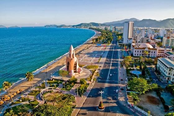 Tháng 6-2022, Việt Nam có thể mở cửa hoàn toàn đón khách quốc tế  ảnh 1