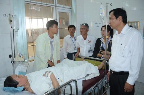 Cháy lớn xảy ra trong đêm ở Cà Mau, ông Trần Hồng Quân, Phó Chủ tịch UBND tỉnh Cà Mau ảnh 1