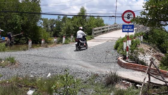 Cà Mau: Đường làm chậm chạp, huyện nói lỗi khách quan nhưng bị tỉnh 'bắt giò' ảnh 1