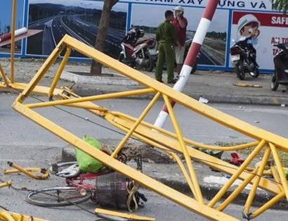 1 người tử vong vì cần cẩu gãy trúng đầu tại công trình xây dựng trụ sở UBND xã ảnh 1