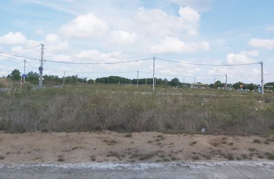 Cà Mau: Xây dựng xong khu tái định cư nhưng dân không vào ở ảnh 2