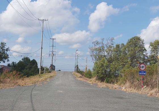 Cà Mau: Xây dựng xong khu tái định cư nhưng dân không vào ở ảnh 1