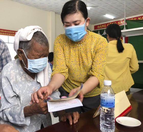 Bầu cử tại cột cờ Hà Nội tại Mũi Cà Mau - điểm cực Nam Tổ quốc  ảnh 6