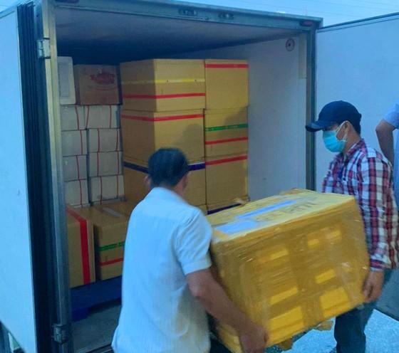 Nhiều địa phương hỗ trợ hàng hóa cho TPHCM ảnh 1
