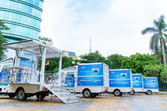 SCB tặng TP Hải Phòng 5 xe tiêm chủng cơ động ảnh 1