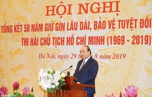 Thi hài Chủ tịch Hồ Chí Minh sau 50 năm đang được giữ gìn rất tốt   ảnh 1