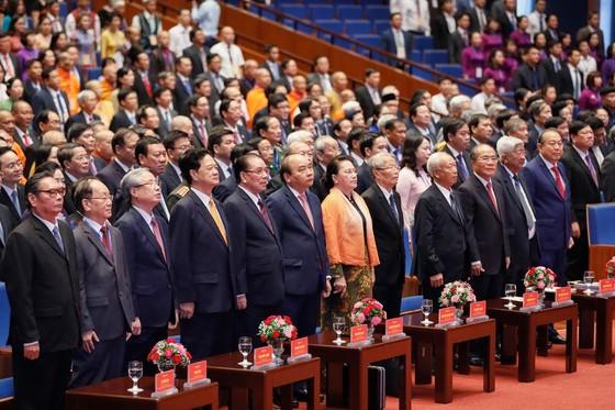 Thủ tướng: Mặt trận phản biện sắc sảo, chân tình để giúp Đảng và chính quyền tự điều chỉnh ảnh 2
