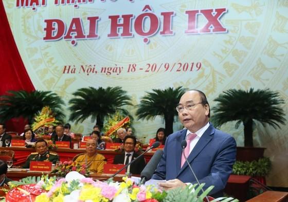 Thủ tướng: Mặt trận phản biện sắc sảo, chân tình để giúp Đảng và chính quyền tự điều chỉnh ảnh 1
