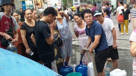 Thủ tướng yêu cầu Bộ Công an khẩn trương điều tra vụ nguồn nước ăn tại Hà Nội bị ô nhiễm ảnh 2