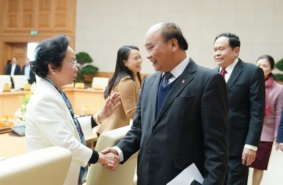 Thủ tướng Nguyễn Xuân Phúc: 'Không được coi thường những đốm lửa nhỏ' ảnh 2