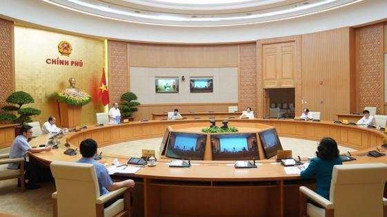 Hà Nội, TPHCM ủng hộ các giải pháp bình thường mới để phục hồi kinh tế ảnh 1