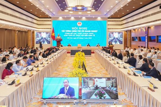 'Hội nghị Diên Hồng' của Thủ tướng với doanh nghiệp sau dịch Covid-19 ảnh 1